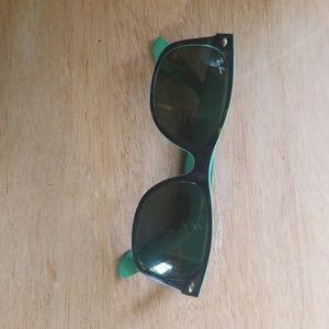 Ladies Ray-Ban sunglasses
